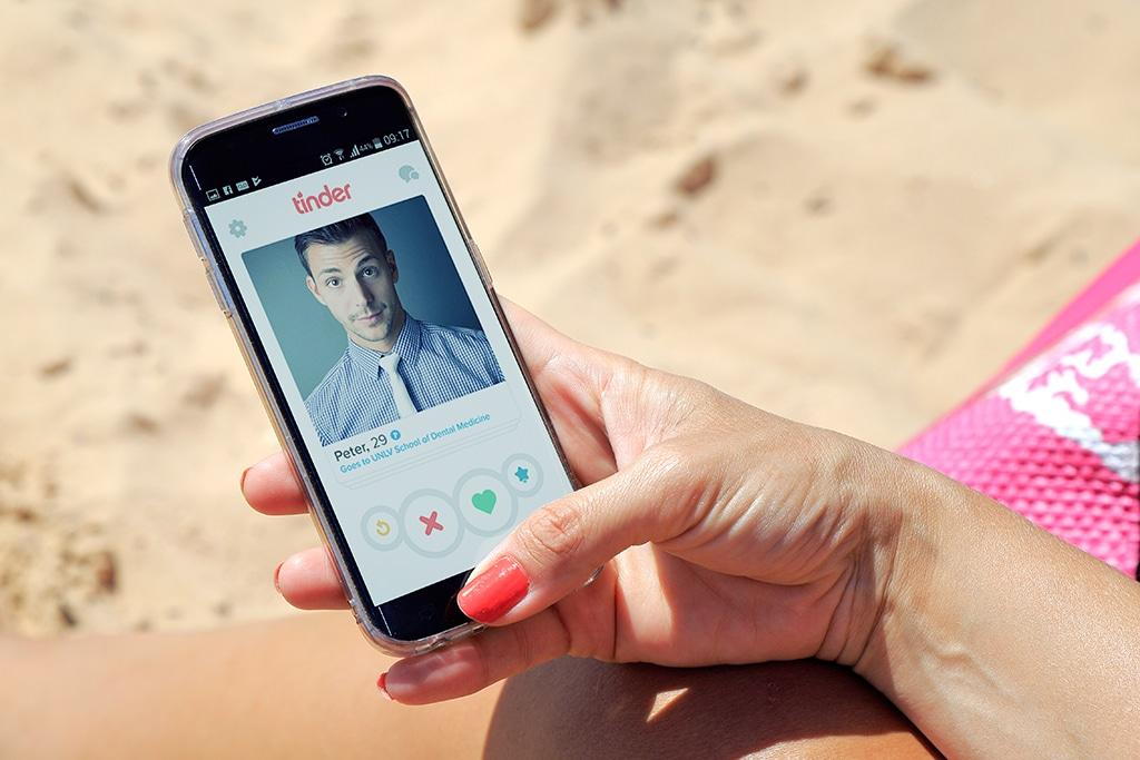 Nicht alle Frauen suchen auf Tinder nach Sextreffen